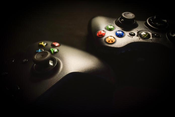 Microsoft abandonne ses projets VR sur la console Xbox One X