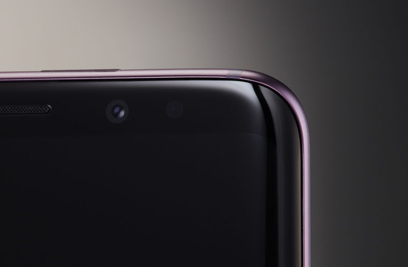 meilleurs smartphones Android 2018 - Samsung Galaxy S9 Plus - gros plan face